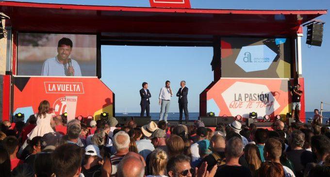 Moraira acull la Gala de Presentació d'Equips de la Volta 19, a la qual va assistir el president de la Diputació
