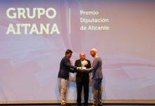 Carlos Mazón entrega al Grupo Aitana de Calp el 'Premio Diputación de Alicante' de AEFA