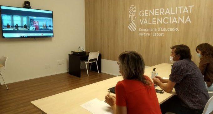 Educació coordina amb Sanitat i Emergències la seguretat de les proves de certificació de les escoles oficials d'idiomes
